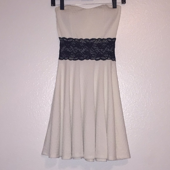 7cc2010bc81a Dresses   Skirts - White Skater Dress with a Black Lace Middle